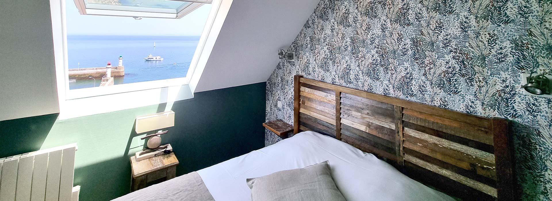 Une chambre avec vue sur mer